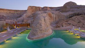 007878-07-main-outdoor-pool